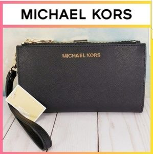 Michael Kors Large Double Zip Wristlet Black